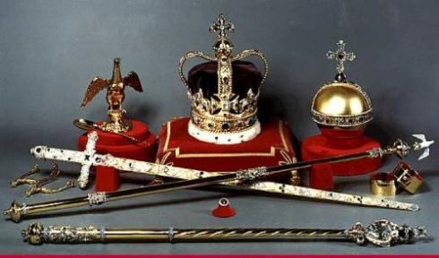 Crown-Jewels-of-England